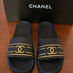 Chanel navy and gold slides size 40